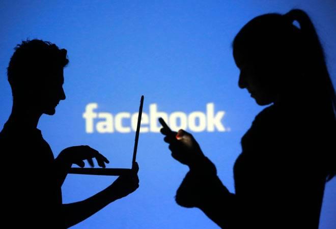 Tìm facebook từ số điện thoại mobile